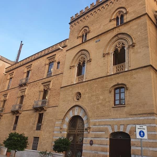 Palazzo Steri di Palermo Visto da Fuori